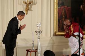 barack-obama-sri-sri-narayanachar-digalakote-2009-10-14-17-11-15