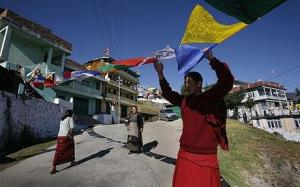 prayer-flags_1518102c