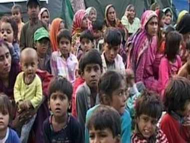 08_04_2013-8hindurefugees