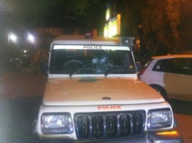 Police Jeep was attacked by Muslims of Islampur