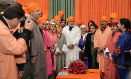 A delegation of Kashmiri Pandits meet BJP Prime Ministerial candidate Narendra Modi and submitted a memorandum at the party's National council meeting in New Delhi on Sunday. Photo: Sandeep Saxena, The Hindu.