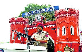 Tight security in Amritsar during bandh.