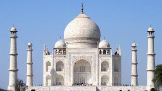 History_Engineering_the_Taj_Mahal_42712_reSF_HD_still_624x352