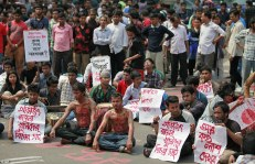2624A34E00000578-2971508-Outrage_Bangladeshi_students_and_social_activist_have_taken_to_t-a-51_1425059963106