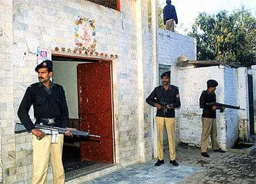 Hindu Shrines in Pakistans under severe fundamental threats