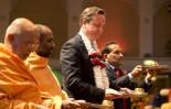 David+Cameron+David+Cameron+Visits+Hindu+Temple+LQ8MAY_2W9Gl