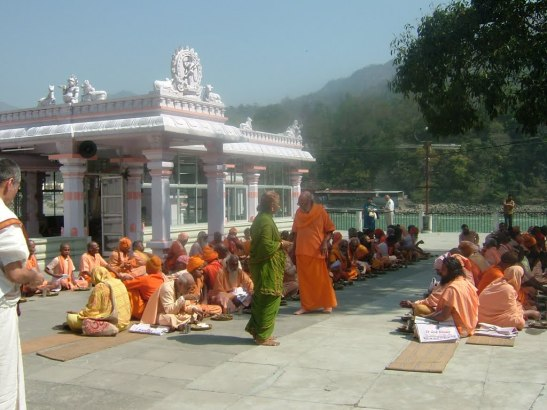 Swamiji taking Vedanta Classes in Rishikesh Dayananda ashram.