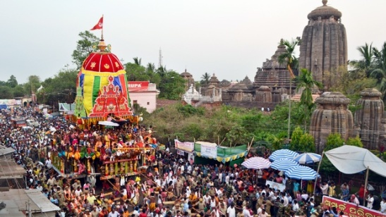 A sea of devotees near Lingaraj Temple during Rukuna Rath Yatra in Bhubaneswar on Thursday | express