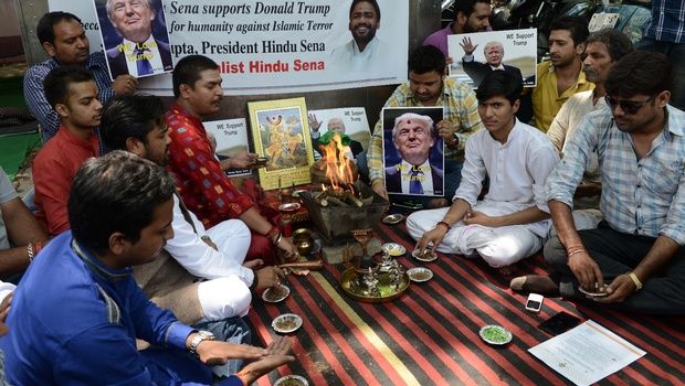 Havan for Trump's victory at Jantar mantar