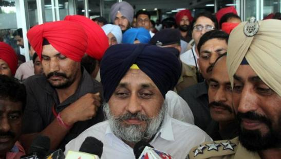 Punjab deputy chief minister Sukhbir Singh Badal talking to media after visiting RSS leader Jagdish Gagneja at Hero DMC Heart Institute in Ludhiana on Monday.  HT Photo.